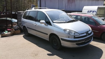 Peugeot 807 2.2 HDi 94 kW
